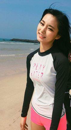 Beauty in the beach. K Pop, Pretty Asian, Beautiful Asian Women, Cute Asian Girls, Cute Girls, South Korean Girls, Korean Girl Groups, Jihyo Twice, Tzuyu Twice