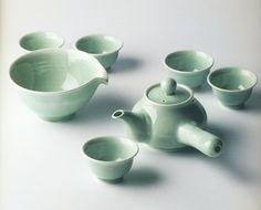 Korean traditional teaware set 청옥유약 다기세트 by Korean buddhist monk Seolbong