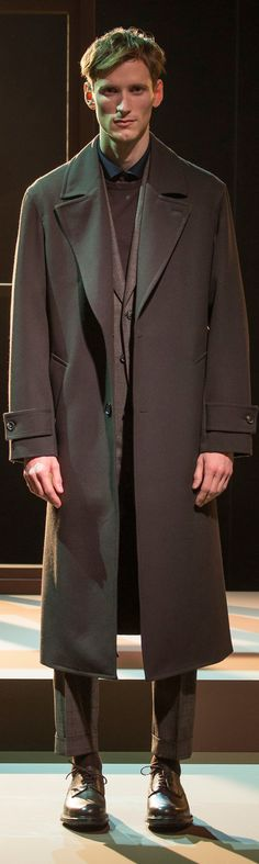 Cerruti 1881 - Fall 2016 Italian Fashion Designers, Fall 2016, Mens Suits, Cloths, Mens Fashion, Formal, Accessories, Style, Dress Suits For Men