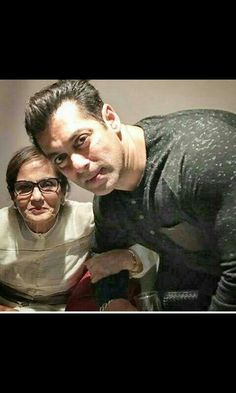 Salman..wid his mom Die Heart Fan, Hymen, Varun Dhawan, King Of Hearts, Big Big, Being Good, Handsome Actors, Dream Man, Salman Khan