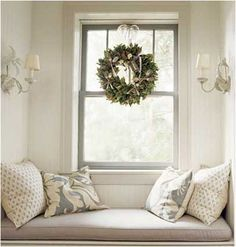 neutral sitting area. laurenleonardinteriors.com for lots of decorating ideas. CL christmas4
