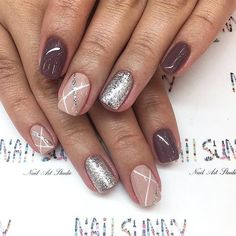 42 Perfect Winter Nails for the Holiday Season and more ★ Amazing Shimmering Winter Nails Picture 4 ★ See more: http://glaminati.com/perfect-winter-nails-holiday-season/ #winternails #naildesign