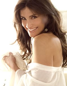 Another one of my idols! Idina Menzel!!