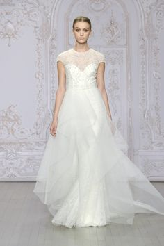 Monique Lhuillier Bridal Fall 2015   Fashion Style Mag   Page 17