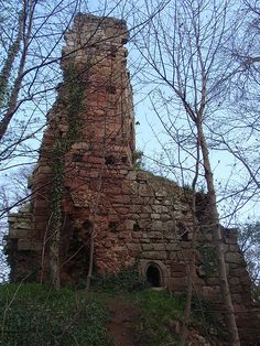 Yester Castle located in East Lothian, Scotland - with subterranean vaulted…