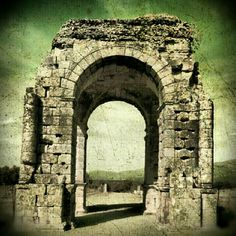 Arco romano de Caparra en Cáceres - Extremadura (Spain)
