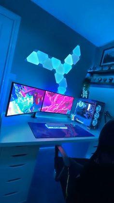 Gaming Desk Setup, Computer Gaming Room, Best Gaming Setup, Gamer Setup, Computer Setup, Pc Setup, Gaming Stand, Gaming Rooms, Bedroom Setup