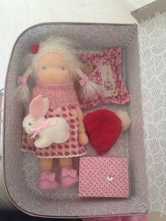 Suitcase doll made by Else Besjes