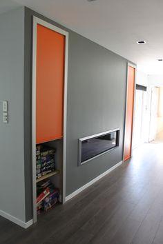 Small Apartment Design, Small Apartments, Small Spaces, Room Arrangement Ideas, Living Room Arrangements, Wallpaper Design For Bedroom, Narrow Rooms, Roller Doors, Cottage Living Rooms