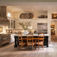 Verandah's at Silverleaf - Traditional - Kitchen - Phoenix - Camelot Homes