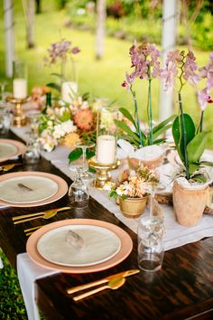 Cue the umbrella drinks for an imaginary vacation as we take you to a romantic beach wedding in Maui searing with stunning details and tropical colors.