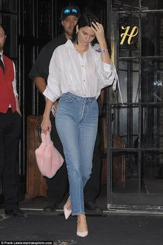 Hailey Baldwin, Kendall Jenner and Bella Hadid step out   Daily Mail Online
