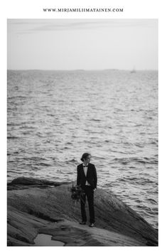 #suomelinna #häätsuomenlinnassa #hääkuvaaja #fineart  #tunne #autenttinen #hääkuvaajasuomenlinna #nordicinspiration #suomenlinnaseafortress #intiimithäät #tunnelmallisethäät #pienethäät #storyteller Fine Art, Beach, Water, Photography, Outdoor, Gripe Water, Outdoors, Photograph, The Beach