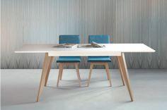 Mesa estilo nórdico