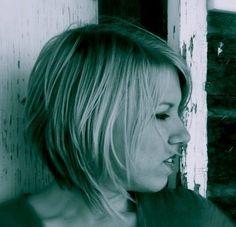 Medium Hair trials (Cute hair Jessica!)
