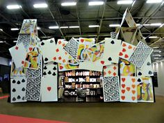 alice in wonderland design Pop Design, Stand Design, Booth Design, Exhibition Display Stands, Exhibition Stall, Window Display Retail, Point Of Purchase, Sign Display, Pop Up Shops