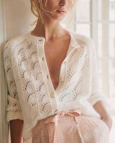 The Best Summer Knitwear For Women 2019 Moda Chic, Summer Knitting, Knit Fashion, Knitwear Fashion, Lolita Fashion, Fashion Fashion, Fashion Dresses, Mode Inspiration, Mode Style