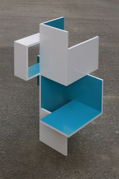 Brantt - 105 x 60 x 75 cm., high gloss paint on MDF Concept Models Architecture, 3d Architecture, Minimalist Architecture, Architecture Student, Dynamic Design, Modern Design, High Gloss Paint, Temporary Structures, Arch Model
