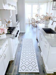 home decor all white kitchen home decor all white kitchen Kitchen Redo, Home Decor Kitchen, Interior Design Kitchen, Home Kitchens, Rugs For Kitchen, White Kitchen Designs, White Kitchen Decor, Texas Kitchen, Dream Kitchens