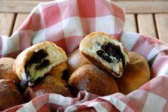Briox de chocolate Bagel, Bread, Chocolate, Food, Bonbon, Pebble Stone, Pie, Schokolade, Breads