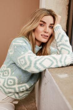 Side 7 – Camilla Pihl Strikk Hand Knitted Sweaters, Hand Knitting, Knitwear, Knit Crochet, High Neck Dress, Turtle Neck, Wool, Iris, Tekstiler