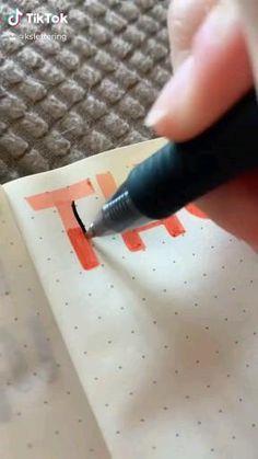Bullet Journal Lettering Ideas, Bullet Journal Banner, Bullet Journal Notebook, Bullet Journal School, Bullet Journal Ideas Pages, Bullet Journal Inspiration, Bullet Journal Writing Styles, Bullet Journal Headings, Journal Writing Prompts