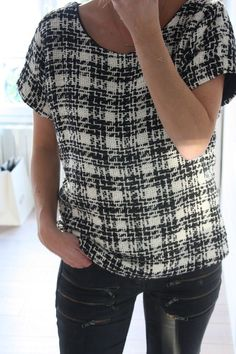 Chanel-esque t-shirt with black piping