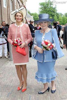 Maxima and Beatrix