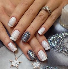 French accent nails