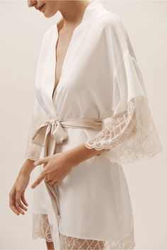 Sheer lace finishes this elegant kimono, the perfect match for our Gale Shorts and Cami Top Honeymoon Lingerie, Wedding Lingerie, Honeymoon Outfits, Cami Tops, Women's Tops, Pijamas Women, Bridal Robes, White Bridal Robe, Bridesmaid Robes