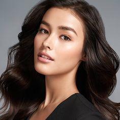Liza for Maybelline Filipina Actress, Filipina Beauty, Liza Soberano, Jessica Gomes, Brunette Woman, Most Beautiful Faces, Beauty Shots, Mannequins, Sensual