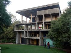 wish list : # 2 : visit chandigarh : architecture : le corbusier in india Indian Architecture, Historical Architecture, Architecture Details, Interior Architecture, Le Corbusier, Brutalist, Ahmedabad, Chandigarh, Modern Buildings