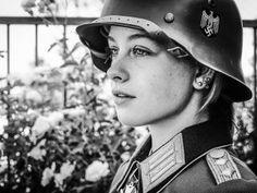 Al mejor estilo militar del Tercer Reich. - Taringa!