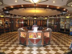 Enchantment Of The Seas - Gift Shop