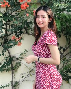 Short Sleeve Dresses, Dresses With Sleeves, Beautiful Ladies, Asian Beauty, My Style, Lady, Pretty, Cute, Girls