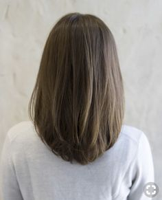 New Bob Haircuts 2019 & Bob Hairstyles 25 Bob Hair Trends for Women - Hairstyles Trends Haircuts Straight Hair, Haircut For Thick Hair, Haircut Bob, Haircut Styles, Haircut Medium, Hairstyle For Small Face, Long Hair Styles Straight, Mid Length Straight Hair, Mid Length Hair With Layers