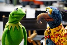 On 'The Muppets,' Miss Piggy Has a Talk Show and a Chatty Staff - NYTimes.com