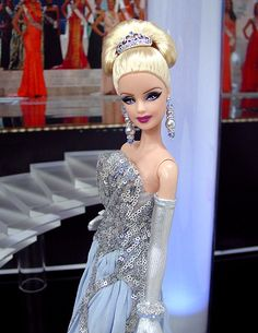 Miss Niagara Falls 2012 Barbie Miss, Miss World, Barbie Collection, Beauty Pageant, How To Look Classy, Elie Saab, Beyonce, Fashion Dolls, Barbie Dolls