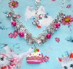 Glitz Glam and Cake  Bead and button charm by NiNEFRUiTSPiE, £4.50