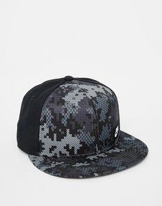 89570fcdcd5 Shop Nike Winterize True Snapback Cap at ASOS.