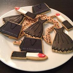 Love these Cookies ! :)  Girly lipsticks, handbags, black dresses and leopard heels