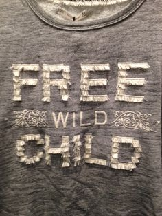 free Clothes Words, Crochet T Shirts, Slogan Tee, Kids Prints, Embroidery Techniques, Couture, Fashion Details, Fashion Prints, Cool Shirts