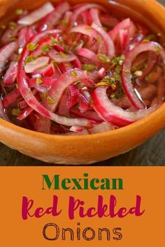 Mexican Pickled Red Onions with Habanero Peppers - the perfect accompaniment to . - Vegetable and Vegan Recipes - Mexican Dishes, Mexican Food Recipes, Vegan Recipes, Ethnic Recipes, Mexican Desserts, Drink Recipes, Dinner Recipes, Pickles, Red Onion Recipes
