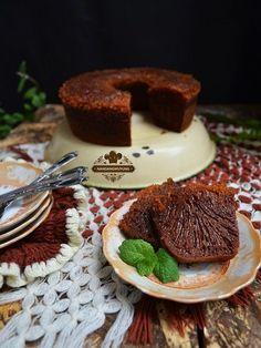 Cake Caramel by Puji Rahayu Fruit Recipes, Sweet Recipes, Cake Recipes, Dessert Recipes, Indonesian Desserts, Asian Desserts, Indonesian Food, Marmer Cake, Cake Oven
