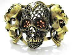 Bracelete Três Caveiras - R$ 39