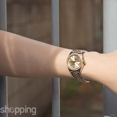 ROLEX Lady-Datejust 28 Rolesor Yellow Diamond / Jubilee / Champagne Diamond  #Watchshopping #Luxury #Rolex #Watch Vintage Watches For Sale, Vintage Gold Watch, Rolex Watches For Sale, Cheap Watches, Gold Rolex Women, Gold Watches Women, Lux Fashion, Fashion Jewelry, Used Rolex For Sale