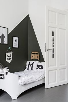 23 creative children's rooms Kids room The post 23 creative children's rooms appeared first on Woman Casual - Kids and parenting Cool Bedrooms For Boys, Cool Rooms, Kids Bedroom, Bedroom Decor, Boys Room Decor, Boy Room, Kids Room Paint, Room Wall Painting, Bedroom Vintage