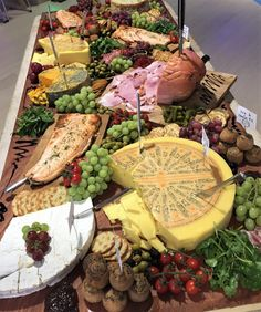 Massive sharing board by Theo Michaels #sharingboard #ploughmans #charcuterieboard #feasts #tablefood  #cheeseboard #theomichaels #ploughmansboard #ploughmanslunch