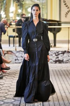 Brock Collection Spring 2020 Ready-to-Wear Fashion Show - Vogue Fashion 2020, New York Fashion, Look Fashion, Runway Fashion, Spring Fashion, High Fashion, Womens Fashion, Fashion Design, Fashion Trends