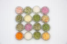 Sind das nicht wunderbare Farben? Und alles nur von frischen Zutaten, ohne das wir jegliche Zusätze einsetzen. Ein tolles Geschmackserlebnis für jeden Foodlover Personalized Items, Special Gifts, Mushrooms, Handmade, Colors